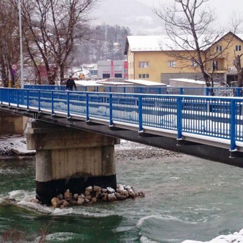 Most preko reke Lim